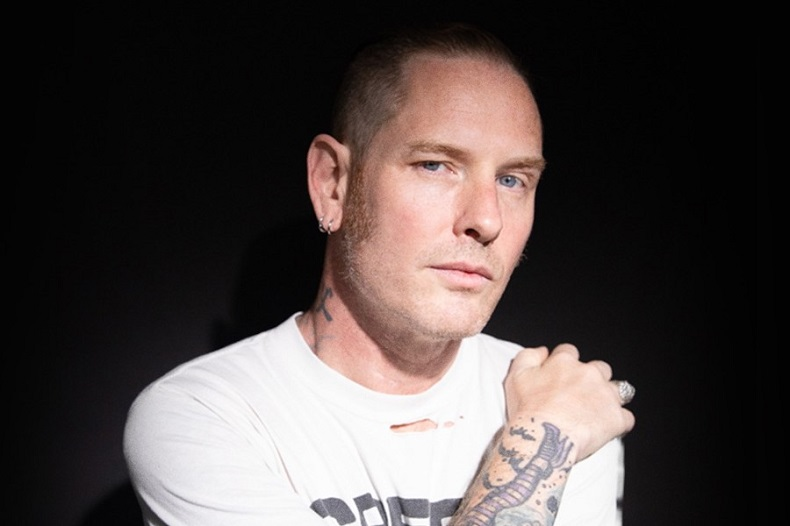 Corey Taylor estrena la in�dita 'Culture Head'