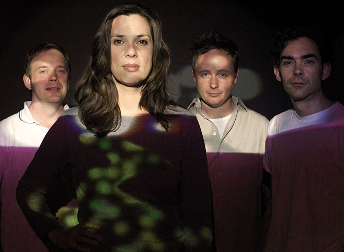Stereolab lanza nueva complilación ''Electrically Possessed''